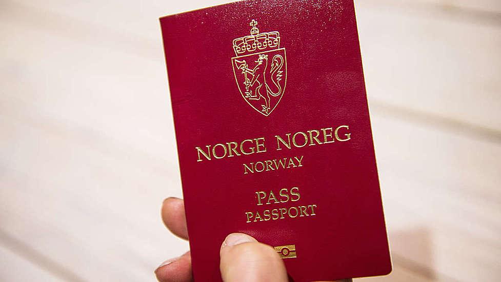 出産後の手続き④【ノルウェーのパスポート申請】